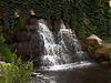 Водопад в парке Александрия