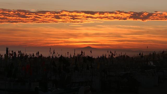 Misty sunset in Monte Gordo