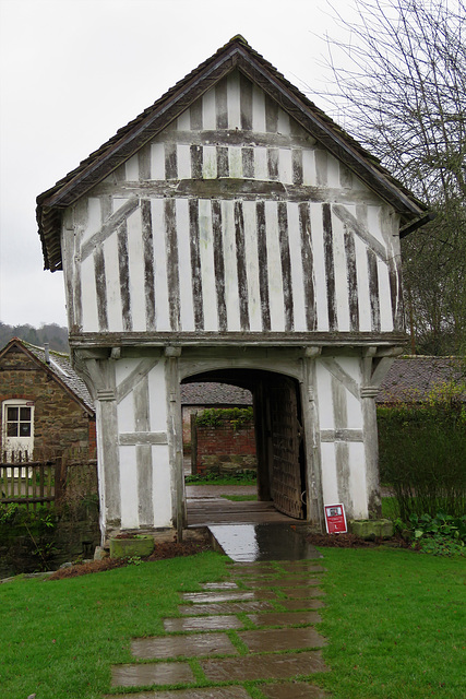 lower brockhampton house, herefs