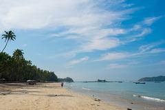 entlang dem Ngapali Beach (© Buelipix)