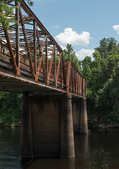 Suwannee River US 90 bridge (#0556)