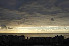 grosses nuages sur l'humanité ...