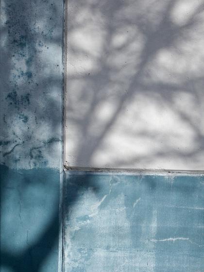 blue wall-1