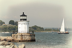 maine-buglighthouse-painting