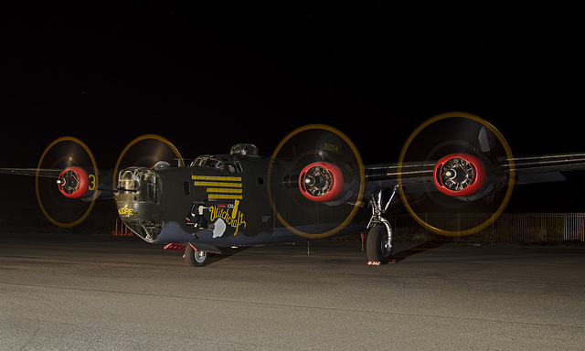 """Consolidated B-24J Liberator N224J """"Witchcraft"""""""