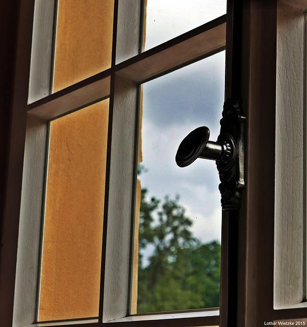 ...Blick durch's Fenster