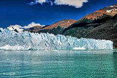 Montaña y glaciar