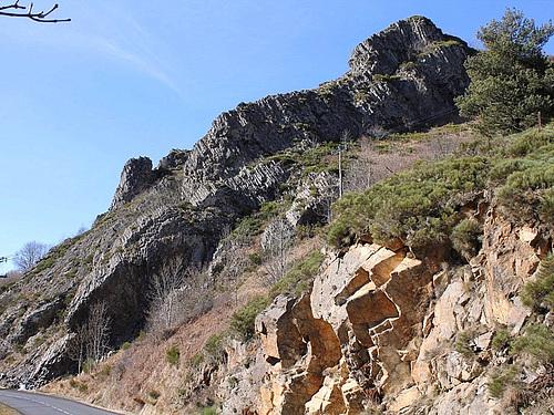 coulée basaltique sur le granite du Velay