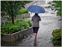 Barfuss im Regen