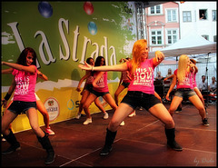 THIS IS HOW WE DANCE!