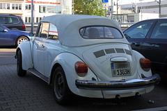 Toller alter Käfer von hinten
