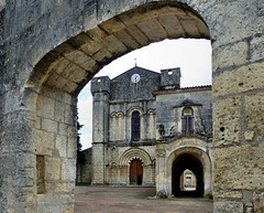 Bassac - Abbaye Saint-Étienne