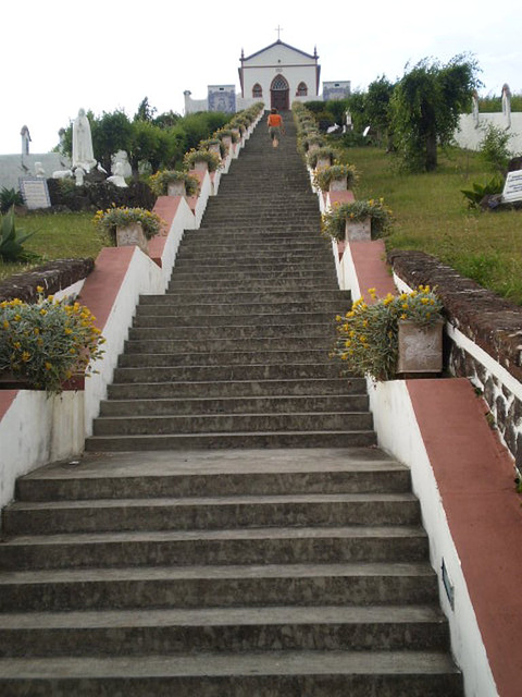 Stairway to the Chapel of Our Lady of Fátima (1924).