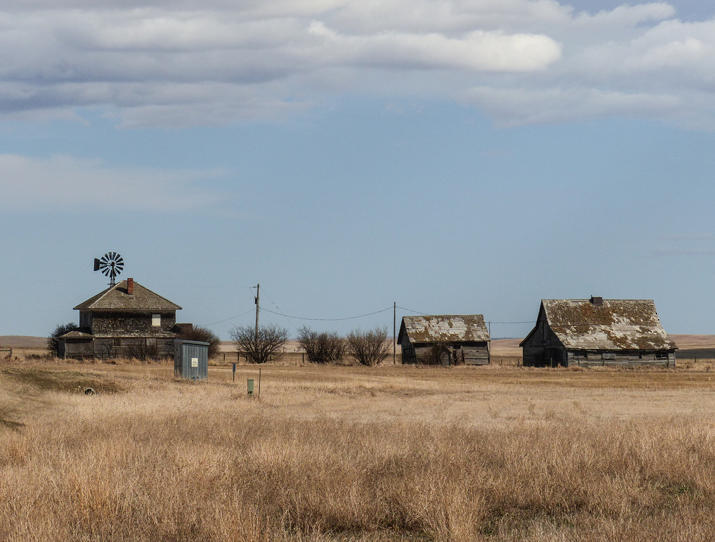 Old, abandoned farm
