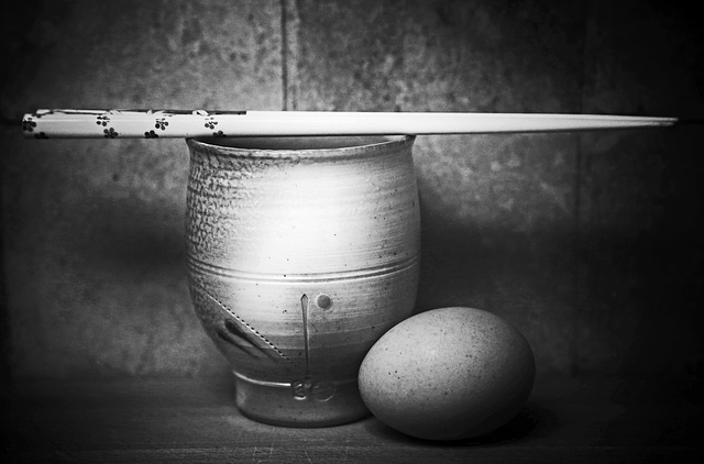 cup and egg b&w
