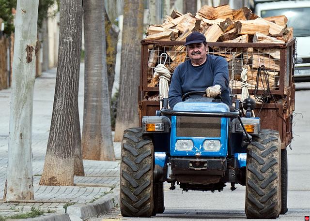 Brennholzlieferant