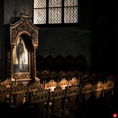 Im Kirchenraum der Klosterkirche Alt St. Heribert, Köln-Deutz