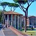 Roma : Il tempio di Vesta