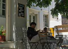Cafe scene in Apeiranthos