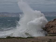 ...notre bord de mer déchaîné ,hier...