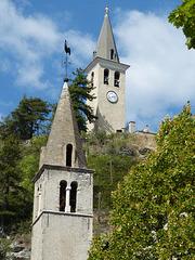 ...les deux clochers ,à Jausiers...