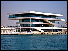 """Valencia: edificio """"Veles e vents"""", 1."""