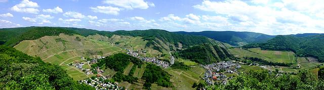 DE - Mayschoß - Panoramic view from Ümerich hill