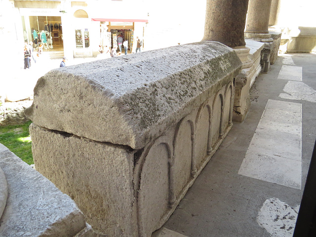 Balustrade de la cathédrale, 2