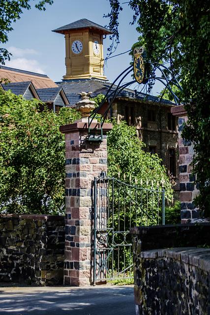 Assenheim/Wetterau - Eingang zum Schloss