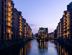Blaue Stunde am Wasserschloss