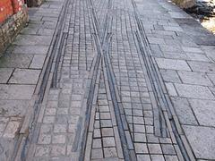 TiG - pier tram track