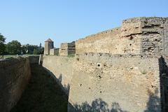 Крепость Аккерман, Восточная стена и Девичья башня