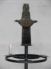 Marienfigur bei den Kerzenopfern