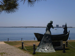 Monument to the fisherman.