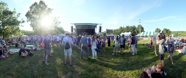 A Main Stage panorama