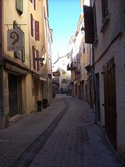 CASTELLANE (rue du Mitan)
