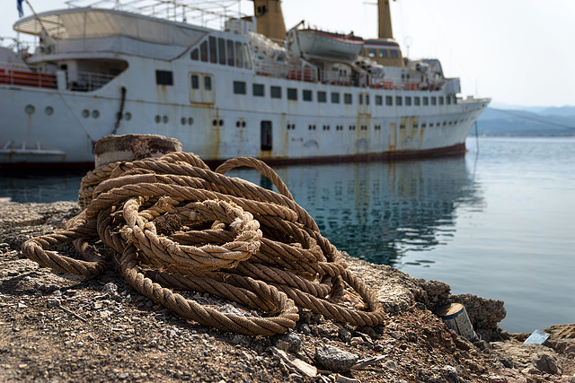 Atlantis and the rope