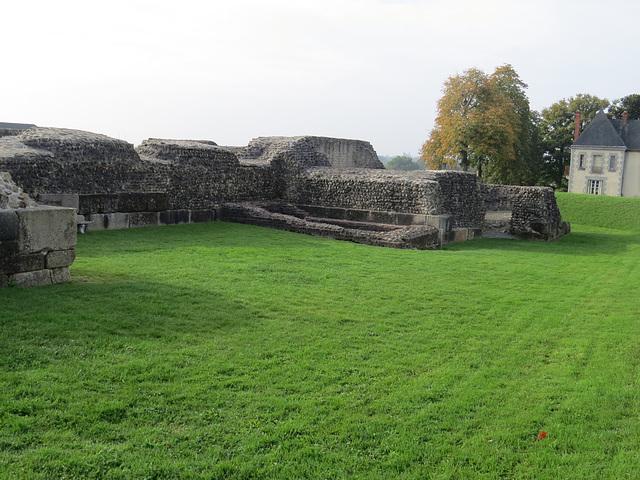 Castellum de Jublains, 4.