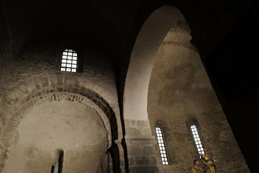 Abadia de Santa Maria d'Arles de Tec L1030475