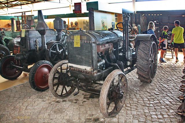 Alte Traktoren: McCormick 10-20