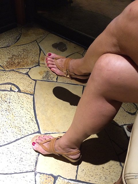 wife in style co sandals
