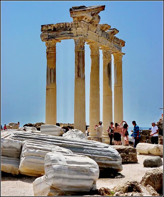 SIDE : ecco cosa rimane della antica Side romana