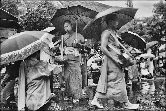 Cérémonie des offrandes à Luang-Prabang