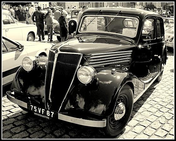 1938/39 Renault Novaquatre (New Four)