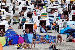 Strand - Sommer - bei der Seebrücke Heringsdorf  (© Buelipix)