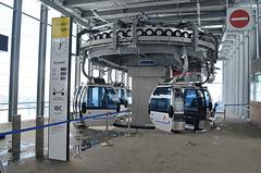 Grasjoch Bahn, Blue Hanging Cars