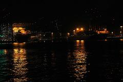 Hafen Hamburg bei Nacht