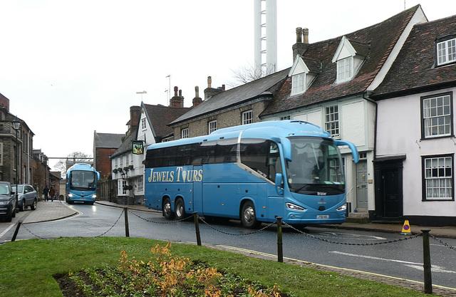 Jewel's Tours coaches in Bury St. Edmunds - 23 Nov 2019 (P1050974)
