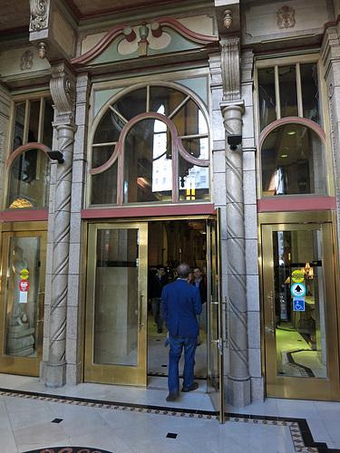 Hotel Cecil Lobby Entrance (3137)
