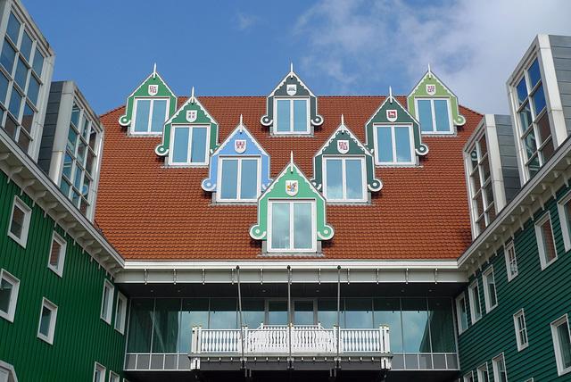 Nederland - Zaanstad, stadhuis